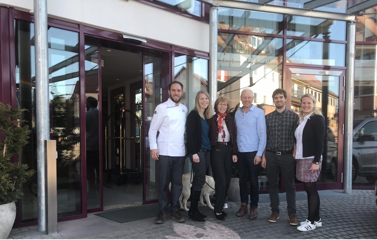 Familie Berlin mit Team eagleControl